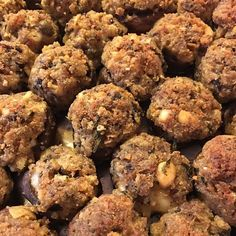 Finished product ##arancini #riceballs #traditional AND #nonTraditional #homemade #handmade #freshtoOrder #madeWithLove #queens #statenisland #foodie #foodporn #goodeats #nom #italianfood #delicious #truffles #leahsitalianapples #sicilian #deepfried #goldenbrown #notyourNonnas #reinventingRiceballs #supportLocalBusiness #followyourdream #cheesy #eeeeeats #catering #foodilysm #fuckthatsDelicious