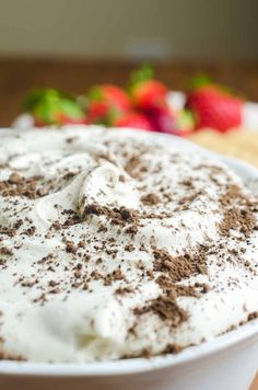 If you are looking for a quick and easy dessert, this Tiramisu Cheesecake Dip is it. It's a creamy, dreamy downright decadent dessert dip for graham crackers and fresh fruit. Tiramisu Dip Recipe, Tiramisu Cheesecake, Dessert Dips, Dessert Recipes, Dip Recipes, Great Recipes, Tapas, Toasted Ravioli, Easy Peanut Butter Cookies