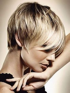 Beautiful Short Haircuts For Women Over 50 With Fine Hair