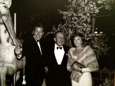 Dick Vandyke, Walt Disney & Julie Andrews at the Mary Poppins premiere.
