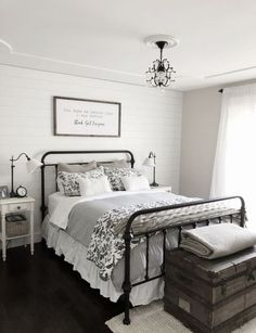 Modern Farmhouse Bedroom Decor Shiplap Accent Wall, Black Iron Bed on Home Inteior Ideas 7697 Cozy Bedroom, Home Decor Bedroom, Trendy Bedroom, Guest Room Decor, Bedroom Bed, Bedroom Curtains, Bedroom Small, Bedroom Colors, Bedroom Lamps