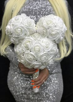 MICKEY BRIDAL Bouquet with BROOCH Handle and RHINESTONE PEARL BOW. PICK ROSE COLOR Dimensions: Head 14 width X 11 height (10 face Dusty Rose Wedding, Aqua Wedding, Rainbow Wedding, Luxury Wedding, Mickey Centerpiece, Red Centerpieces, Sangria Wedding, Blush Bridal Showers, Flower Girl Bouquet