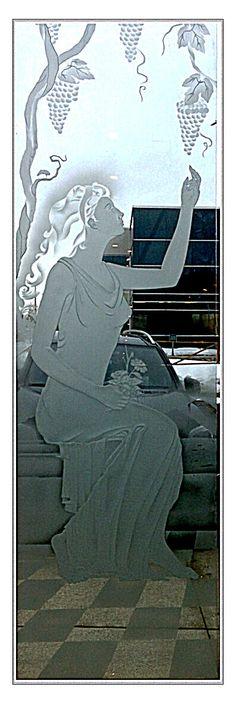 Lady glass carving by Fernando Reyes www.reyesglass.com