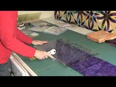 S-Unit Tutorial for the Glacier Star with Quiltworx.com Certified Instructor Linda Tellesbo and Certified Shop Seawatch Fabrics
