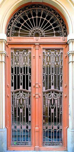 Barcelona - Carme 044 d by Arnim Schulz, via Flickr