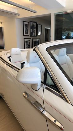 Voiture Rolls Royce, Lux Cars, Pretty Cars, Classy Cars, Car Goals, Fancy Cars, Best Luxury Cars, Future Car, Car Car