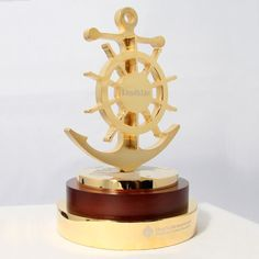 Lloyd's List Award - EFX Bespoke Awards and Trophies