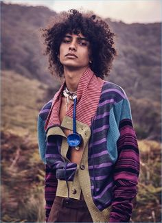 Love the afro dude 💋 Beautiful Boys, Pretty Boys, Beautiful People, Fashion Shoot, Editorial Fashion, Curly Hair Styles, Natural Hair Styles, Portrait Photography, Fashion Photography