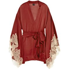 Carine Gilson Thème Céres silk-satin kimono ($815) ❤ liked on Polyvore featuring intimates, robes, underwear, lingerie, kimono robe, tie belt, wrap robe, long sleeve lingerie and lingerie robe