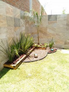 Jardins minimalistas por constructora asvial s. Front Yard Garden Design, Small Front Yard Landscaping, Small Patio, Backyard Patio, Backyard Landscaping, Landscaping Ideas, Patio Ideas, Small Gardens, Outdoor Gardens