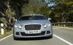 Bentley Luxury at Cholmondeley Pageant of Power 2015, in Cheshire – GeorgiaPapadon