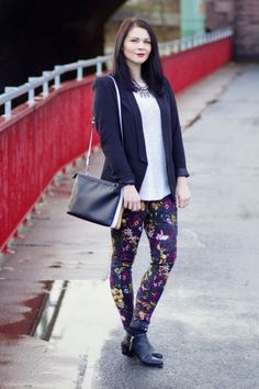 Printed Pants Outfit Ideas (8)