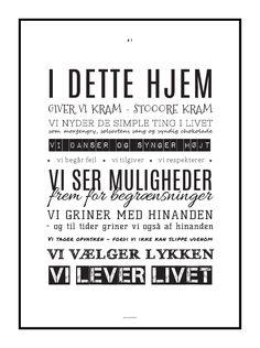 Lækker typografisk plakat med husregler designet af grafisk designer Tine Faurholdt. Køb plakaten i plakatshoppen på designerblog.dk