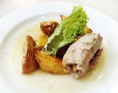 Denné menu Vranov | Roládka z bravčového mäsa plnená oštiepkom, pečené zemiaky - reštaurácia Hotel Patriot*** #hotel #restaurant #dennemenu