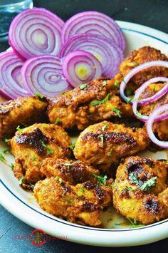 Achari Chicken Tikka is a super easy Indian Chicken Kebab recipe that's made with pickling spices & a yogurt marinade. Achari Murgh Tikka is tender & juicy. Kebab Recipes, Curry Recipes, Veggie Recipes, Chicken Recipes, Veggie Food, Rice Recipes, Chicken Tikka, Chicken Curry, Indian Chicken Marinade