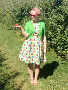 Scathingly Brilliant: look what I made #7: apple picking dress!