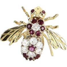 #EarthDay #VintageBeginsHere @rubylanecom -- Bumble Bee Pin Diamond Ruby Vintage 14 Karat Yellow Gold Bug Jewelry Estate Fine