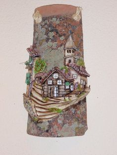 teja Clay Houses, Ceramic Houses, Clay Wall Art, Clay Art Projects, Fairy Garden Houses, Roof Tiles, Craft Club, Decorative Tile, Dollhouse Furniture
