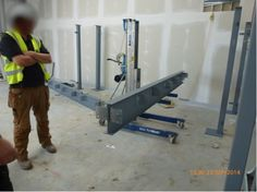 Good and bad practice images captured by our Inspectors out and about on #safersites visits.  Good practice here - mechanical handling aids used to lift steel columns avoiding the need for manual handling.   For more on the campaign see  http://www.hse.gov.uk/construction/campaigns/safersites/?ebul=pinterest