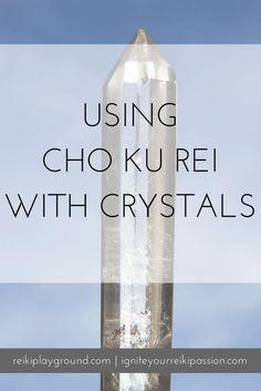 Using Cho Ku Rei with Crystals Energetically Clearing crystals , charging crystals, projecting, crystal grids. Healing Hands, Self Healing, Chakra Healing, Crystal Healing, Reiki Treatment, Self Treatment, Was Ist Reiki, Sei He Ki, Chakras Reiki
