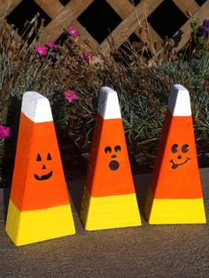 Candy Corn Decorations by TheRuffledDaizy on Etsy, $11.00
