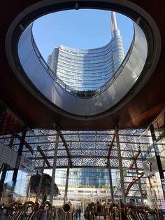 Buongiorno #Milano Da Gae Auelenti la foto di Cora Capezio #milanodavedere Milano da Vedere