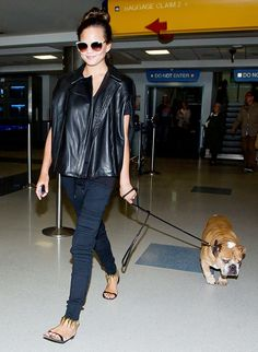 Chrissy Teigen shows us how to rock an all-black look for summer. // #celebritystyle