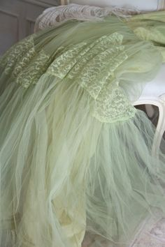 Stunning Mermaid Vintage Prom Dress...Sea Green Tulle