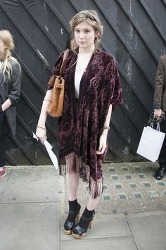 What Is The Style Of Photoraphy Used In Topshop?
