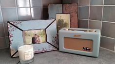 """Fresh smelling @skyecandles and new @RobertsRadioUK finishing off my kitchen comforts. Loving them both!"""