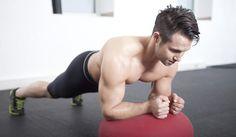Las planchas son el ejercicio más efectivo para entrenar los abdominales. (iStock)