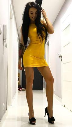"babes-in-mini: ""Babe in Mini "" I ❤️ her tight mini dress and high heels, she has long beautiful and sexy legs💋💋💋 Tight Dresses, Sexy Dresses, Beautiful Dresses, Short Dresses, Mini Dresses, Mini Skirt Dress, Mini Skirts, Lingerie Dress, Women Lingerie"