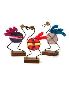 SURIS Pequeñas esculturas de hierro y lana