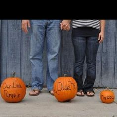 Adorable...maybe just one pumpkin with the due date and and the rest written below?