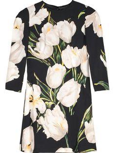 Flowers head-to-toe! #MCLABELS #SPIRNG http://mclabels.com/en/home