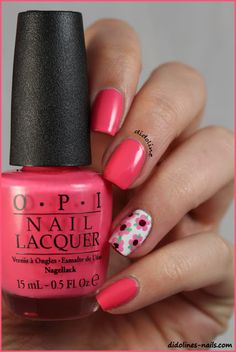 OPI - Suzi's Hungary Again & Flowers