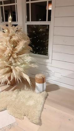 Christmas Minis, Christmas Tree Toppers, Christmas Tree Decorations, Holiday Decor, Merry Christmas, Minimalist Bedroom, Minimalist Home, Christmas Backdrops, Christmas Tree Inspiration