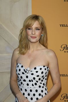 Kelly Reilly, Yellowstone Series, Kevin Costner, British Actresses, Robert Downey Jr, Celebs, Celebrities, Beauty Queens, Celebrity Pictures