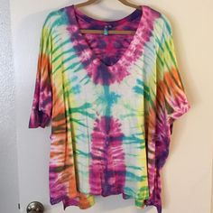 LF tye die shirt Emma and Sam from LF oversized tye die shirt. Brand new never worn; I have the same shirt in a blue/gray tye die and I wear that all the time. Been sitting in my closet for too long and needs a new home! Price firm. Perfect condition. LF Tops Tees - Short Sleeve