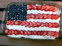 4th of July Cake with blueberries and strawberries - I've made this, super easy & fun! : )
