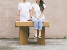 Reader Submitted: A Strong Cardboard Table Perfect For Pop-Up Shops and Exhibitions