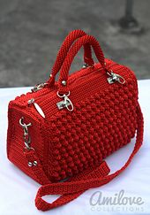 Ravelry: Red Bobble Stitch Hand Bag pattern by Indri Safitri
