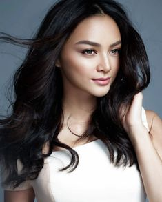 These Are The 55 Most Beautiful Asian Women, According To Industry Professionals Kylie Verzosa (Philippines) Korean Celebrity News, Kylie Verzosa, Filipina Beauty, Girls Dress Up, Professional Women, Beautiful Asian Women, Beauty Queens, Asian Woman, Pretty People