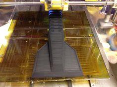 Jääskrapa tulostinpöydällä.