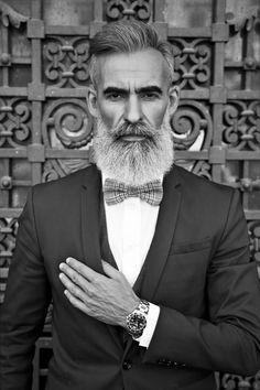 Stylish Hair, Stylish Men, Hair And Beard Styles, Hair Styles, Grey Beards, Beard Model, Men With Grey Hair, Beard No Mustache, Beard Care