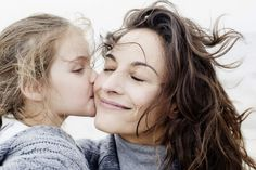 Happy Mother\'s Day! Here Are 7 Research-Backed Ways to Raise Kids Right