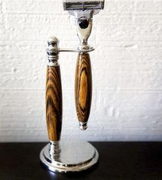 Wooden Razor Handle & Chrome Stand