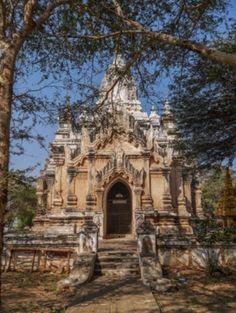 Exploring New Bagan by E-bike – Fun Way to Traverse Buddhist Antiquity  http://www.chicago-splash.com/publish/International_151/bike.php #burmabikeride #Myanmar #Travel
