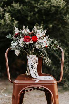 Bohiemian fall wedding inspiration | Macrame by TheLittleAvocado.com | Wedding & Party Ideas | 100 Layer Cake