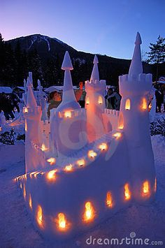 snow castle- I'm totally building one of these someday. It would be fun to have a snowcastle building contest someday, like the sandcastle contests my grandpa had at the beach.